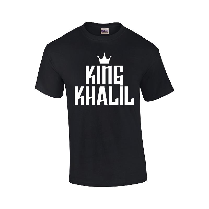 weiter weiter logo t shirt t shirt schwarz king khalil akf shop. Black Bedroom Furniture Sets. Home Design Ideas